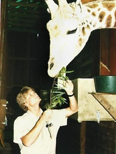 resize-Giraffe with Dr. Chris Cauble